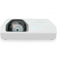 松下(Panasonic)PT-X3261STC 投影仪 短焦 办公 教学 投影机官方